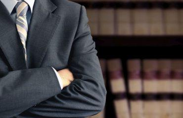 ¿ Que debe hacer un abogado especialista en accidentes de trabajo ?