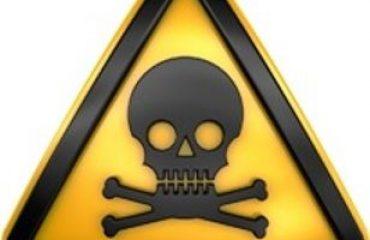 ¿Que debo hacer si estoy en contacto con sustancias toxicas?